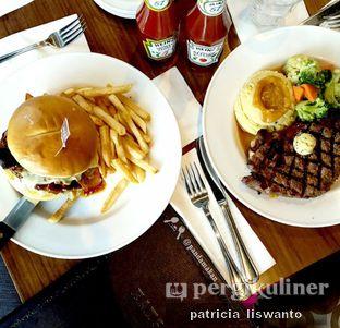 Foto 3 - Makanan di Hard Rock Cafe oleh Patsyy