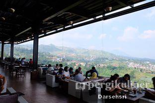 Foto 11 - Interior di Skyline oleh Darsehsri Handayani
