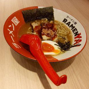 Foto 2 - Makanan di RamenYA oleh Fuji Fufyu