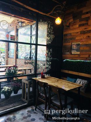 Foto 11 - Interior di Titik Kumpul Coffee & Eatery oleh Michelle Juangta