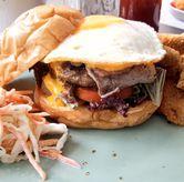 Foto Beef American Burger di Atlast Kahve & Kitchen