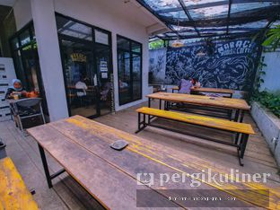 Foto 6 - Eksterior(Outdoor) di Maraca Books and Coffee oleh Demen Melancong