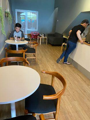 Foto 7 - Interior di Ilo Coffee oleh Levina JV (IG : @levina_eat & @levinajv)