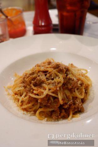 Foto 1 - Makanan(Spaghetti Bolognese) di Pizza Marzano oleh Shella Anastasia