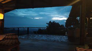 Foto review Rumah Miring oleh Syifa Afifah 5