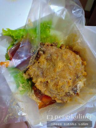 Foto 1 - Makanan di Ayam Tulang Lunak Hayam Wuruk oleh @NonikJajan