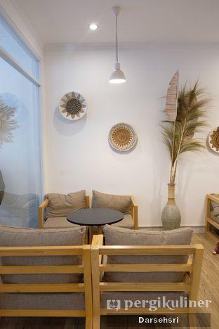 Foto 3 - Interior di Mala Coffee oleh Darsehsri Handayani