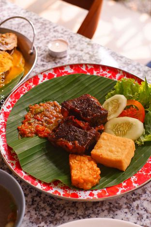 Foto review Delima Authentic Indonesian Food oleh Vionna & Tommy 8