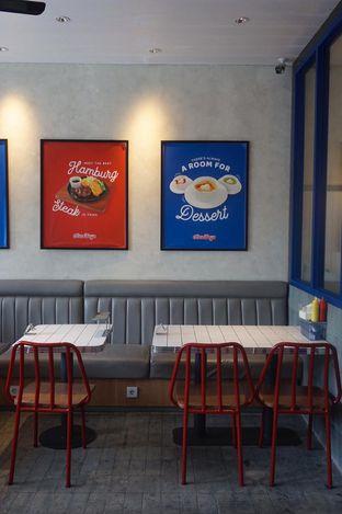Foto 22 - Interior di Food Days oleh yudistira ishak abrar