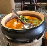 Foto Tom yum di Noble by Zab Thai