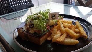 Foto 2 - Makanan(laura meat lovers) di Beatrice Quarters oleh Jessica Helinda