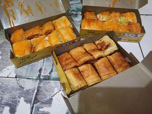 Foto review Rotea Roti Long John N' Pizza oleh Rachmat Kartono 1