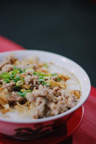 Foto 2 - Makanan di Bakmi dan Bubur Ajung oleh Erika Karmelia