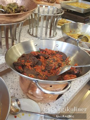 Foto 4 - Makanan di Nasi Kapau Uni Nailah oleh UrsAndNic