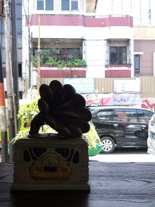 Foto 5 - Interior di The Prama Coffee oleh Chris Chan