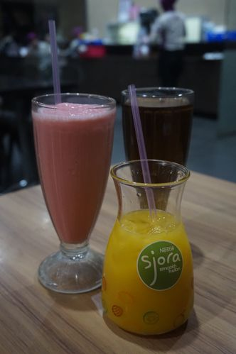 Foto Makanan di Solaria