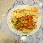 Foto Medanese fried tofu salad di Garage Cafe