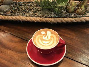 Foto 1 - Makanan(Hot latte) di Gentle Ben oleh Annisa Putri Nur Bahri