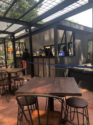 Foto 5 - Interior di Siam Street Food oleh Nanakoot