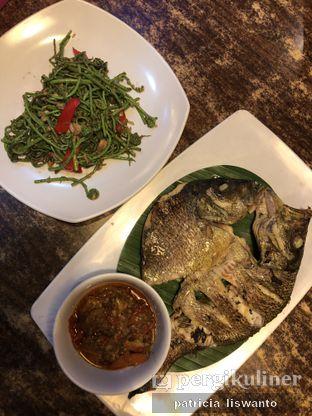 Foto 1 - Makanan(ikan bakar rica rica) di Jemahdi Seafood (Hot N Juicy Seafood) oleh Patsyy