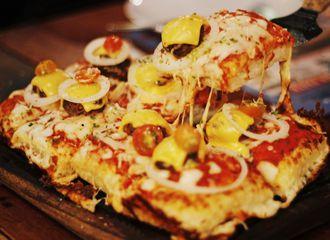 10 Pizza Jakarta dengan Beragam Varian yang Bisa Kamu Coba