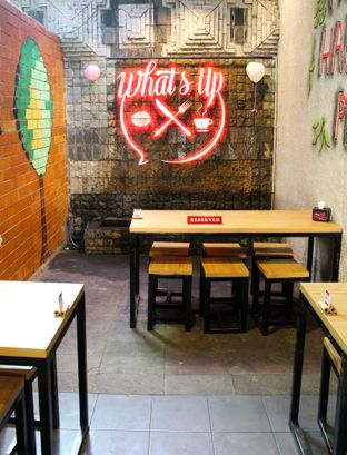 Foto review What's Up Cafe oleh Christine Lie #FoodCraverID 7