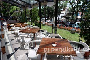 Foto 8 - Interior di Saka Bistro & Bar oleh Darsehsri Handayani
