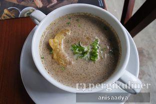 Foto review Bavarian Haus Bratwurst & Grill oleh Anisa Adya 5