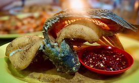Parit 9 Seafood