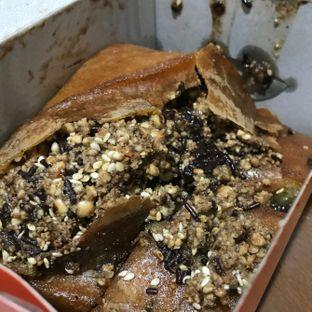 Foto 3 - Makanan(martabak1/2 kacang coklat) di Martabak Sinar Bulan oleh Claudia @grownnotborn.id