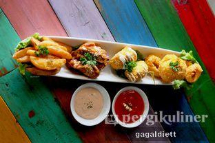 Foto 6 - Makanan di The Grounds oleh GAGALDIETT