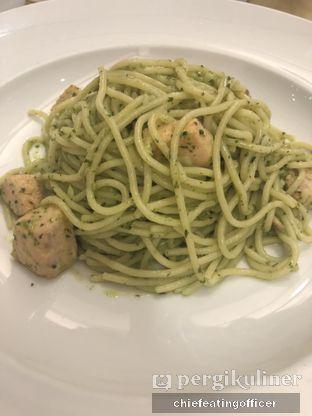 Foto 1 - Makanan(Salmon & Pesto) di Pancious oleh feedthecat