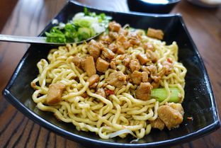 Foto - Makanan di Bakmi Medan Kebon Jahe oleh iminggie