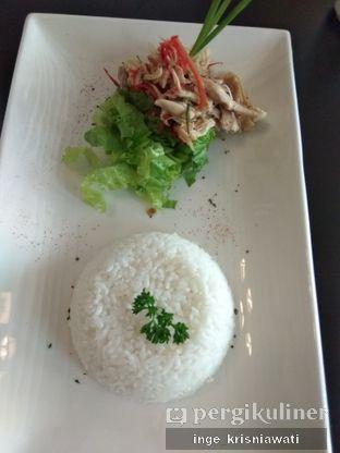 Foto 2 - Makanan(Ayam Suwir Matah) di Kedai Oppa oleh Inge Inge