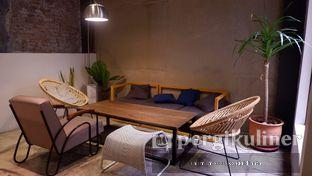 Foto 6 - Interior di Kopikalyan oleh Oppa Kuliner (@oppakuliner)