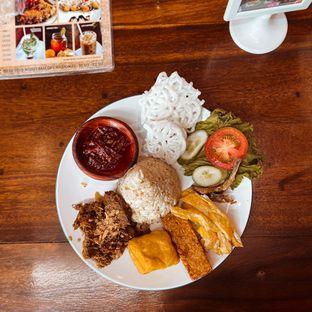 Foto 3 - Makanan di Pojok Nasi Goang oleh Riani Rin