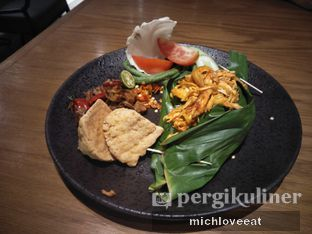 Foto 5 - Makanan di Putu Made oleh Mich Love Eat