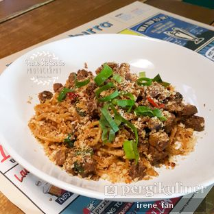 Foto 2 - Makanan(Hot Mama's Spaghetti) di Pizza E Birra oleh Irene Stefannie @_irenefanderland