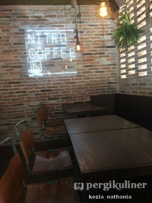 Foto 7 - Interior di Nitro Coffee oleh Kezia Nathania
