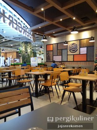 Foto 7 - Interior di Burger King oleh Jajan Rekomen