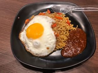 Foto 2 - Makanan di BoBaL oleh Andre sudjongo