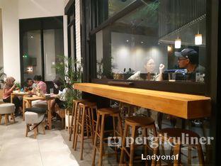 Foto 3 - Interior di Bukan Ruang oleh Ladyonaf @placetogoandeat
