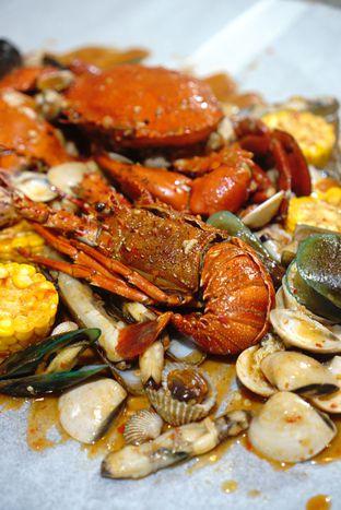 Foto - Makanan di Kantin Seafood Nyengir oleh Kevin Leonardi @makancengli