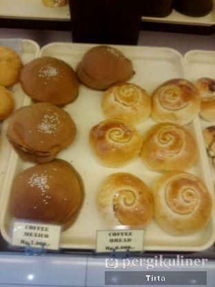 Foto 10 - Makanan di Clover Bakery oleh Tirta Lie