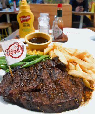 Foto - Makanan di Holycow! STEAKHOUSE by Chef Afit oleh dapurpempi