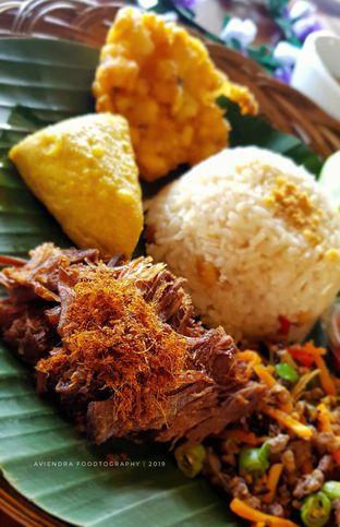 Foto - Makanan(Nasi Timbel Kasohor Empal) di de' Leuit oleh Avien Aryanti