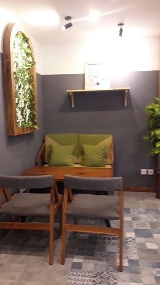 Foto 5 - Interior di Coffee Toffee oleh Nadia Indo