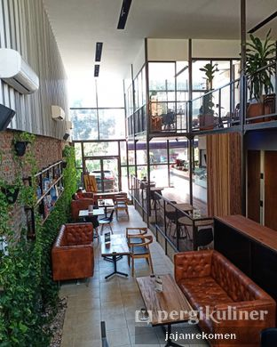 Foto 5 - Interior di Ruma Eatery oleh Jajan Rekomen