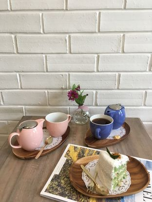 Foto review The Pink Door Tea Room oleh Prido ZH 35