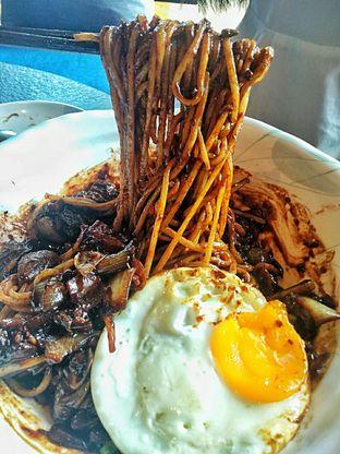 Foto 12 - Makanan(Jjajangmyeon ) di Noodle King oleh duocicip